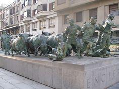 Monumento al Encierro - Pamplona