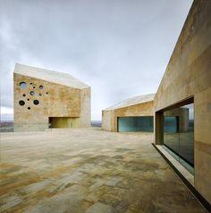 barozzi veiga arquitectos / sede de ribera del duero