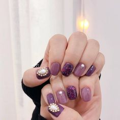 What Christmas manicure to choose for a festive mood - My Nails Purple Nails, Red Nails, White Nails, Korean Nail Art, Korean Nails, White Nail Designs, Nail Art Designs, Love Nails, Pretty Nails