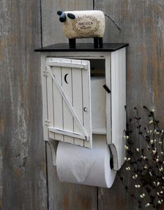 primitive bathroom decor for sale Country Decor, Rustic Decor, Farmhouse Decor, Farmhouse Style, Country Charm, Wood Projects, Woodworking Projects, Primitive Bathrooms, Country Bathrooms