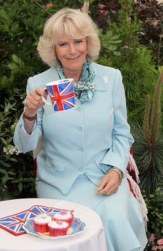 Love this.. Queen Camilla!!