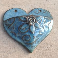 Items similar to Heart Wall Pocket in Blue with Rose, Leaves and Vines Textured Handmade on Etsy Hand Built Pottery, Slab Pottery, Ceramic Pottery, Pottery Art, Pottery Gifts, Pottery Tools, Pottery Classes, Ceramic Wall Art, Ceramic Clay