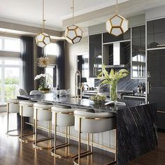 Mix and Chic: Inside a glam, stylish and sophisticated Saskatoon penthouse! Mix and Chic: Inside a glam, stylish and sophisticated Saskatoon penthouse! Mix and Chic: Inside a glam, stylish and sophisticated Saskatoon penthouse! Kitchen Decor, Kitchen Inspirations, Interior Design Kitchen, Dining Room Design, Home Bar Decor, Home Decor Kitchen, House Interior, Farmhouse Dining, Kitchen Interior