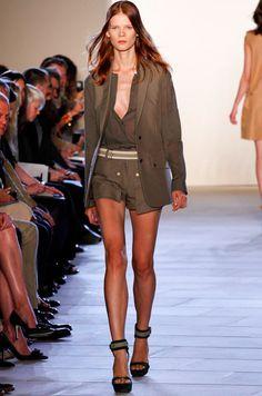 Sleek and Tailored Safari #travelshopa #fashion #style