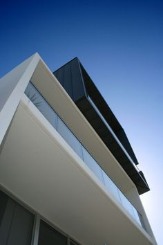 Leibal: Main Beach House by BDA Architecture