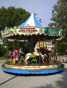 Location Carrousel 1900 Mary Poppins