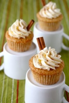 eggnog cupcakes / egg nog vanilla rum cupcakes; egg nog butter cream frosting; dusted with cinnamon