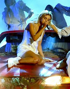 Selena Gomez performing at the 2017 American Music Awards in Los Angeles American Music Awards 2017, I Get Jealous, Selena Gomez Photos, Movies Playing, Beauty Awards, Marie Gomez, The Most Beautiful Girl, American Actress, Photo Galleries
