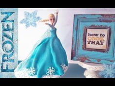 Elsa Princess can create snowflakes and bake delicious desserts. For the wedding to Jack Frost Elsa herself will prepare a wedding cake. Torte Frozen, Frozen Doll Cake, Elsa Doll Cake, Disney Frozen Cake, Frozen Dolls, Disney Cakes, Frozen Movie, Frozen Games, Princesa Elsa Frozen