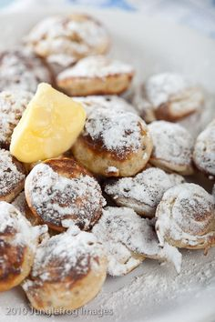 These delicious are called Poffertjes thesr are like little pancakes but these are so much better