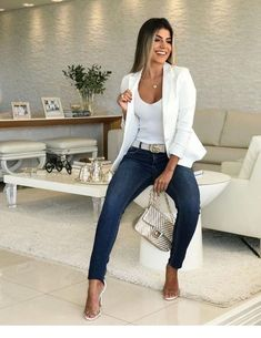 White blazer is extremely elegant and ideal to wear at work, or for a . - Outfits for Work - White blazer is extremely elegant and ideal to wear at work, or for a . Summer Work Outfits, Casual Work Outfits, Business Casual Outfits, Professional Outfits, Mode Outfits, Business Attire, Work Attire, Classy Outfits, Stylish Outfits