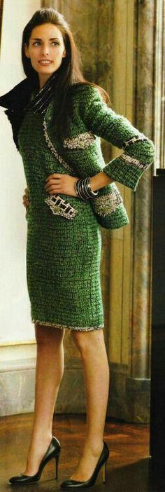 ¿Sabías que... las telas gruesas como el tweed proyectan accesibilidad? Recuerda…