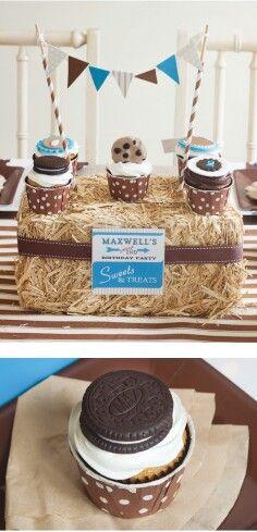 Cookies milk birthday party 6