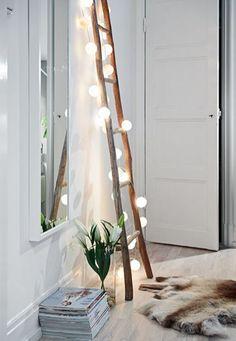 wooden ladder light bulps