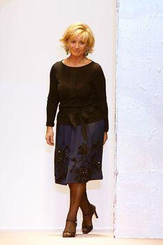 Alberta Ferretti Spring 2006 Ready-to-Wear Collection - Vogue Alberta Ferretti, Fashion Show, Fashion Design, Modern Luxury, Ready To Wear, Runway, Vogue, Spring, Skirts
