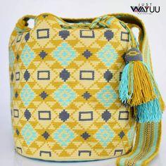 Handcrafted handbags made by indigenous wayuu in the north of Colombia. Worldwide shipping – envíos mundiales – PayPal WA 57 3188430452 #seoul #ootd #mochilas #wayuu #handmade #boho #hippie #bohemian #กระเป๋าถือ #Handgjord #Handgemacht #Handgemaakt #faitmain #london #australia #wayuubags #handcrafted #กระเป๋า #slowfashion
