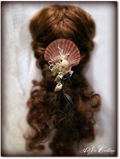 Mermaid's Delight  Scallop and Faux Seaweed Hair by A2SeaCreations