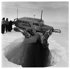 Strange Historic Photos From Antarctica and Other Kingdoms of Ice-A Tucker Sno-Cat balanced precariously over a crevice, during the Trans-Antarctic Expedition, Cool Trucks, Cool Cars, Hors Route, Offroader, Expedition Vehicle, Historical Photos, Monster Trucks, The Incredibles, In This Moment