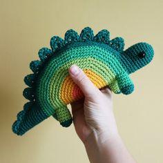 Horace The Stegosaurus – Amigurumi Pattern PDF – Nina Runkel – Join the world of pinSomebody make me an amigurumi! ♥ Somebody make me an amigurumi!Quelqu& me fait un amigurumi !Dinosaur Crochet pattern Turn into zipper pouch Crochet Unique, Crochet Simple, Cute Crochet, Crochet Crafts, Yarn Crafts, Crochet Baby, Crochet Projects, Knit Crochet, Crochet Pouch