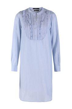 Hellblaues t shirt kleid