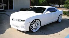 Google Image Result for http://edge.ilpvideo.com/img/2012/02/12/lebron-james-matte-white-camaro-ss.png