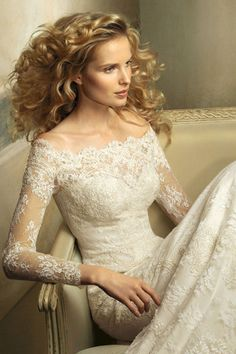 I love a long sleeve on a wedding dress.
