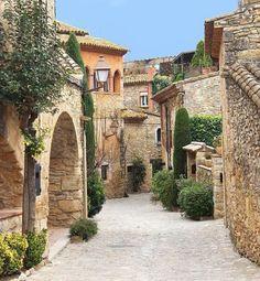 Peratallada, Cataluña SPAIN ( MAVI)