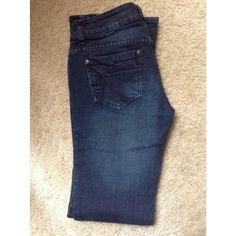 "Dark blue Jean (juniors) Inseam 29"". Outseam 35.5"".  Rise 10.5"".  Waist 30"". Morgan Jeans Boot Cut"