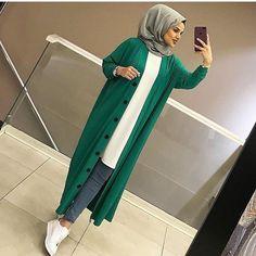 Fashion Summer Casual Over 40 Abaya Fashion, Muslim Fashion, Modest Fashion, Fashion Dresses, Casual Hijab Outfit, Hijab Dress, Hijab Style, Evolution Of Fashion, Hijabi Girl