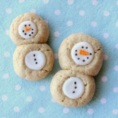 These snowmen desserts are perfect for winter! Get the recipe on WomansDay.com!