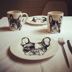 Frenchie , French Bulldog , dog painting , ceramics , hand painted , Teunen , Jeroen Teunen Hand Painted Plates, Animal Paintings, Doge, Line Drawing, Pet Portraits, My Best Friend, Boston Terriers, Ceramics, French Bulldogs