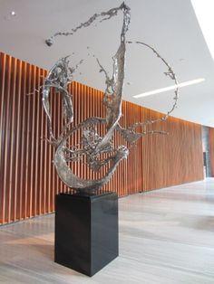 WATER IN DRIPPING No. 4, Zheng Lu - 2012 Pottery Sculpture, Wood Sculpture, Art Sculptures, Modern Artwork, Contemporary Art, Ballroom Design, Skull Illustration, Art Thou, Mirror Art