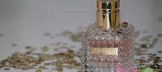 Csábítóan édes az új Valentino Donna Valentino, Perfume Bottles, Beauty, Perfume Bottle
