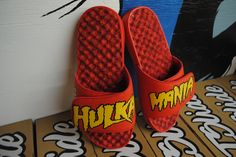 Custom 1 of 1 Hulkamania slides *not for resale* but you can customize your own pair. What would you design for yourself or for a loved one? #holiday #gift #wishlist