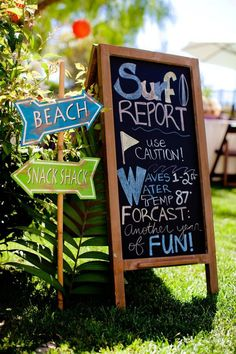 Love this chalkboard idea for a backyard beach party or surf party. How fun is this?