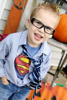 Clark Kent -- Superman Costume !! If I had a little boy I would totally do this! #clarkkent