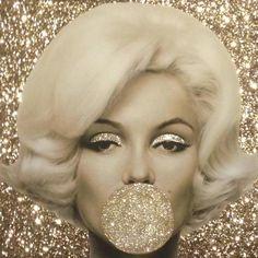 Marilyn Monroe Wallpaper, Marilyn Monroe Artwork, Marilyn Monroe Quotes, Marylin Monroe, Pop Art Marilyn, Chanel Decor, Makeup Wallpapers, Fashion Wall Art, Belle Photo