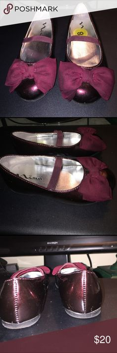 *** Almost New***. Nina Burgundy Kids' Bow Flats Size 8   ***Almost New*** Nina Beautiful Burgundy Bow Flats. Wore 1 time. #( Has a single scratch in back. Seen in pic #3) Nina Shoes Dress Shoes