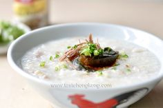 How to Cook Congee with Salted Pork & Century Egg, a Classic Hong Kong Rice Porridge | Hong Kong Food Blog with Recipes, Cooking Tips mostly of Chinese and Asian styles | Taste Hong Kong