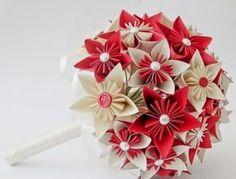 5---buque-de-flor-de-cerejeira-em-origami-com-detalhes-de-botao-1397590675603_615x470 (1)