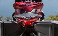 MV Agusta Turismo Veloce: Nouvelle direction - Galerie de photos - Moto Journal