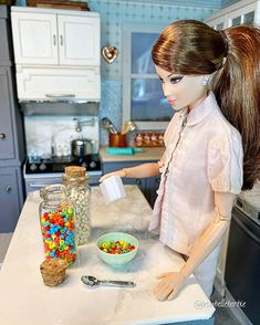 Barbie Summer, Whole Grain Cereals, Breakfast Cereal, Barbie Accessories, Barbie Friends, Barbie Dolls, Victoria, Posters, Illustrations