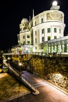Urania Vienna by Night Photography Honeymoon Pictures, Heart Of Europe, Austria Travel, Night Photography, Luxury Travel, Where To Go, Wanderlust, Places To Go, Beautiful Places