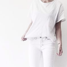 white jeans and white t-shirt | outfit inspiration