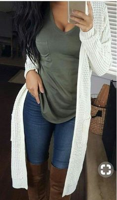 casual fall outfits Need a little inspiration for your November outfits? These fall outfits are completely on trend and they will keep you warm and looking good all month long. Cute Fall Outfits, Fall Winter Outfits, Autumn Winter Fashion, Trendy Outfits, Cool Outfits, Summer Outfits, Fashion Outfits, Fashion Ideas, Classy Outfits