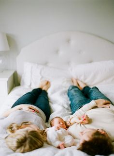 Love this lifestyle newborn shoot, could just as easily be done with siblings