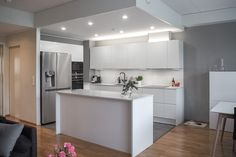 L-KEITTIÖ KUVIA 4 Room Inspiration, Sweet Home, Kitchen, Table, House, Furniture, Dreams, Home Decor, Cooking