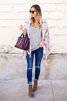 Blanket poncho-All about fall fashion 2017 – Just Trendy Girls Party Fashion, Fashion 2017, Trendy Fashion, Womens Fashion, Fall Winter Outfits, Autumn Winter Fashion, Fall Fashion, Winter Style, Preppy Style