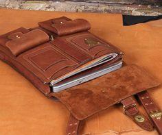 COL_LITTLETON_NO_20_DISPATCH_BAG_1 [I love Col. Littleton's leather goods!]