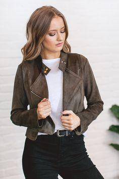 12d298460ea 184 best Clothes images on Pinterest in 2019